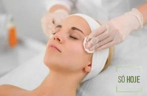 Renove Sua Pele com uma Super Limpeza De Pele Profunda + Esfoliação + Mascara Revitalizante + Drenagem Facial Detox em 3 Vezes Sem Juros