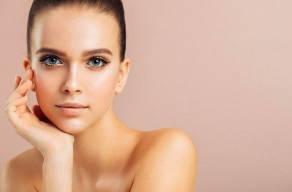 Spa Do Rosto: Limpeza De Pele Profunda + Máscara Detox + Drenagem Linfática Facial no Morumbi