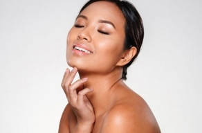 Premium: Detox Facial Com Argila Verde + Higienização + Esfoliação + Vapor De Ozônio + Máscara De Carvão Ativado em Perdizes