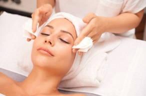 Premium: Peeling De Diamante Com Vitamina C + Higienização + Esfoliação + Máscara De Hidratação em Perdizes