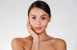 Imperdível: 3 Sessões De Aplicação De Skinbooster + Renovação Celular + Máscara De Led em Moema