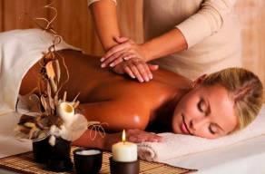 Mini Day Spa - 1 Massagem Relaxante + 1 Hidratação Corporal + 1 Sessão De Auriculoterapia + 1 Sessão De Eletroacupuntura